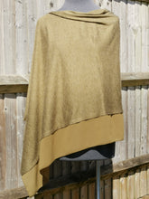Load image into Gallery viewer, Lightweight Dark Green Poncho with Chiffon Edge