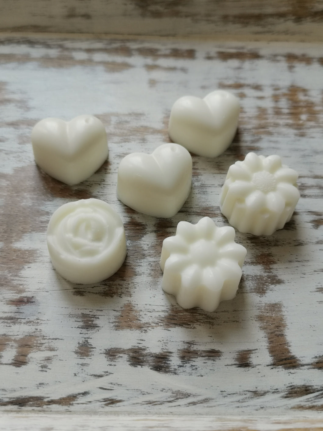 The Perfect Wax Candle Co. Hand Poured Chamomile Soy Wax Melts - 6pk