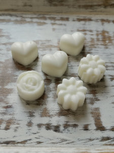 The Perfect Wax Candle Co. Hand Poured Strawberries & Champagne Soy Wax Melts - 6pk