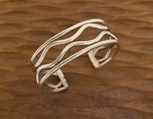 Load image into Gallery viewer, Bracelet - Wave cuff bracelet