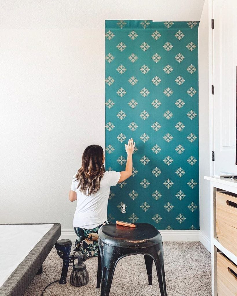 Holly from ourfauxfarmhouse using wallpaper peel and stick