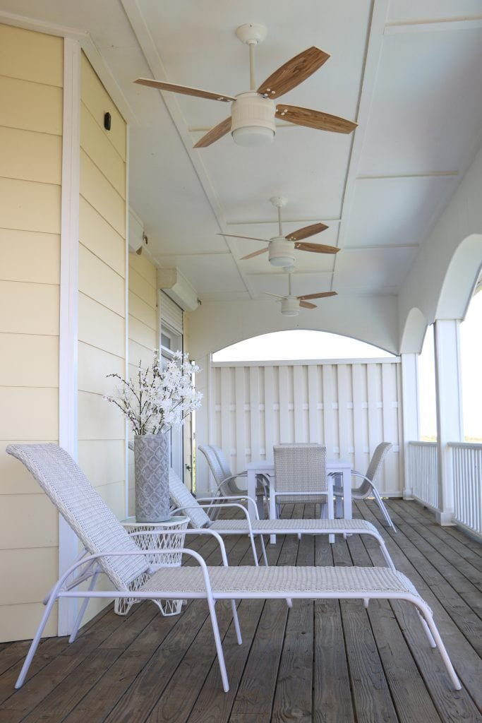 Seahaven coastal outdoor white ceiling fan with light