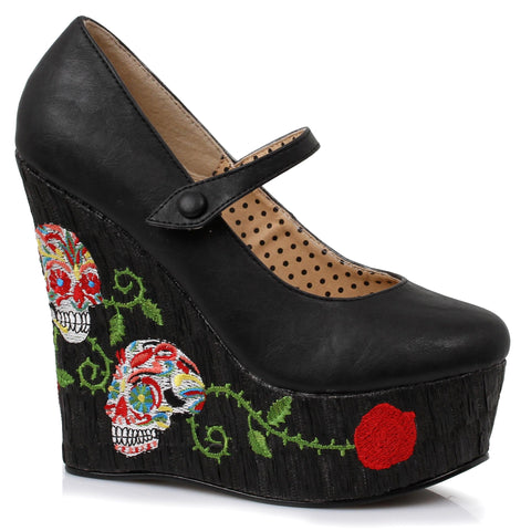 4.5 inch closed toe wedge with skull pattern