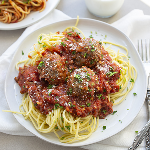 Spaghetti and Meatballs with a Vegetable Side
