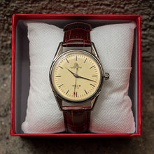 Load image into Gallery viewer, Vintage Mechanical Shanghai Watch (Unisex)