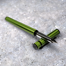Load image into Gallery viewer, Shanghai Hero Fountain Pen Bamboo Design