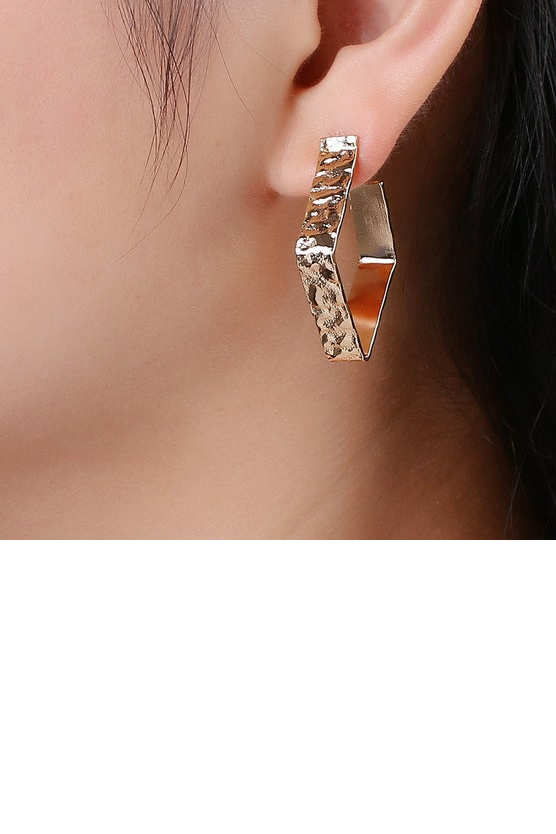 Skylar Hoops | Earrings