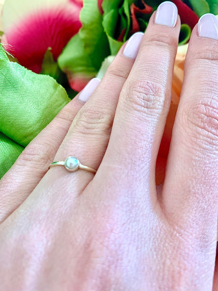 Silver small pearl ring