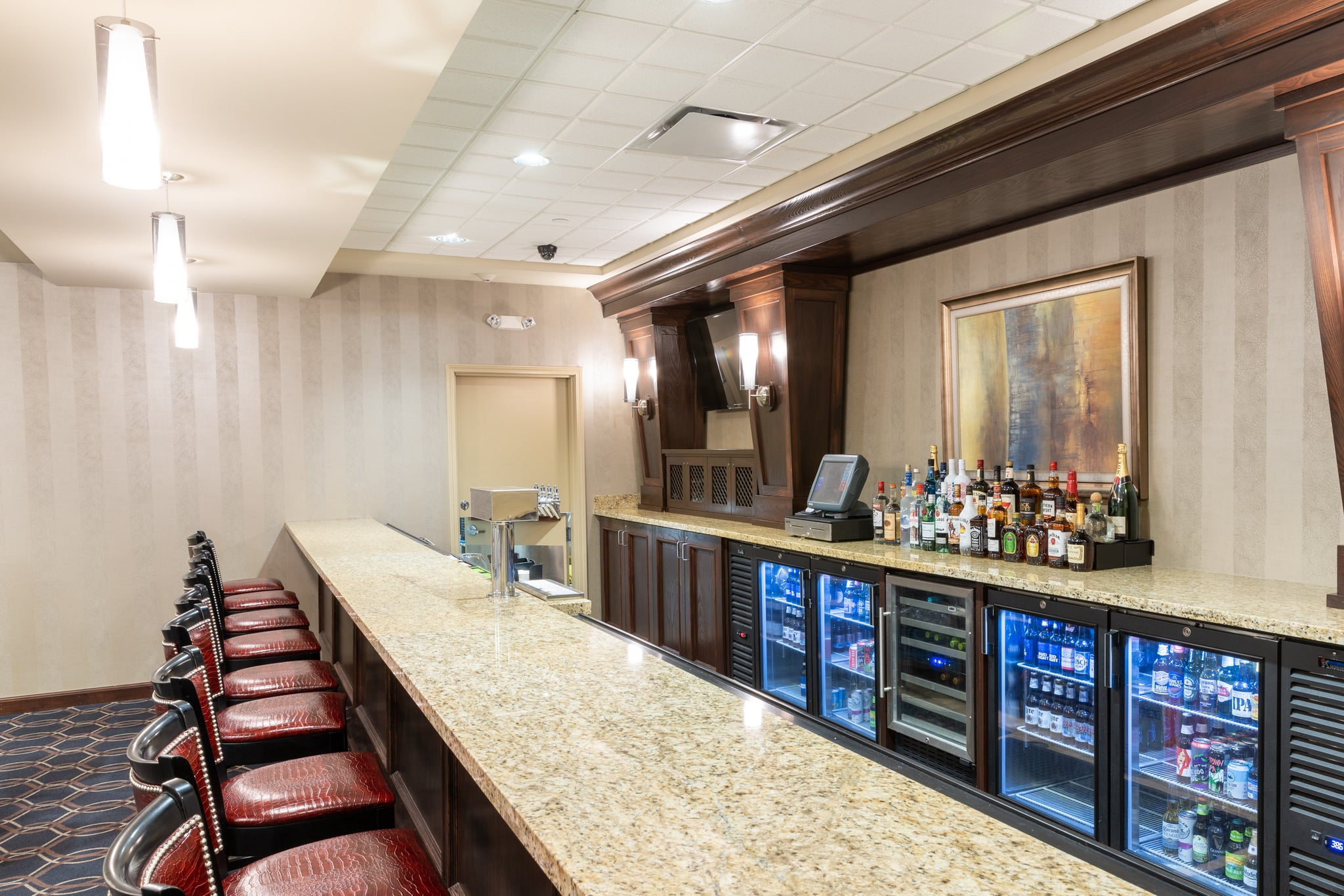 hilton garden inn event center bar
