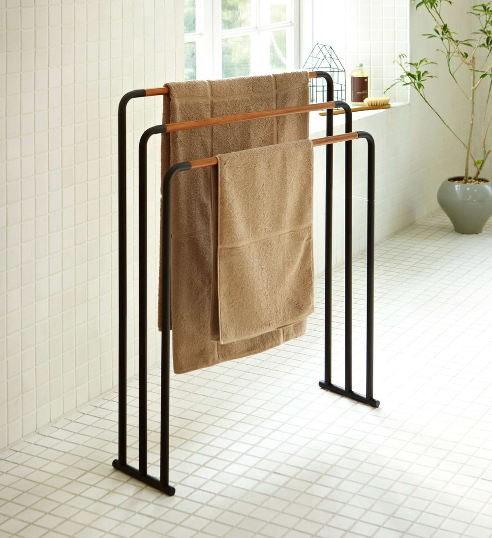 Bath Towel Hanger