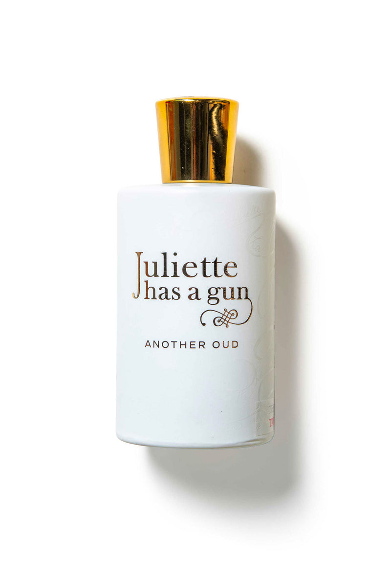 ANOTHER OUD - JULIETTE HAS A GUN