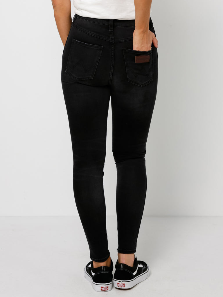 Wrangler - Hi Pins Cropped Jean - Stevie Destruct
