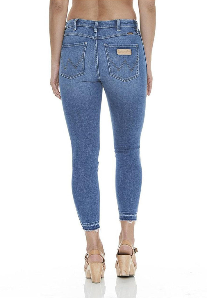 Wrangler - Mid Pins Cropped Jean - Milla Blue