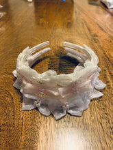 Load image into Gallery viewer, J10 - Headband with pearls