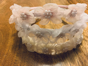 J11 - Flower Headband With Pearls