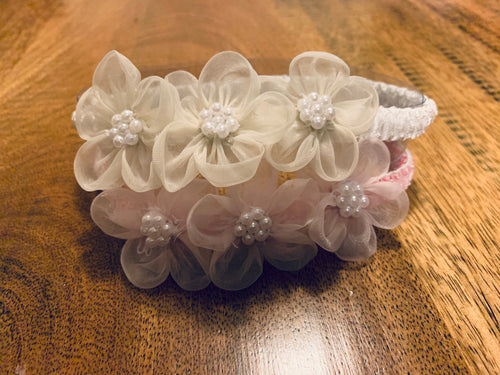 J17 - Elastic Three Flower Headband With Pearls