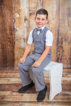 Load image into Gallery viewer, 634 - 3 Piece Light Grey Vest Suit