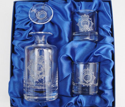 D18 - Miniature Decanter Set RLC