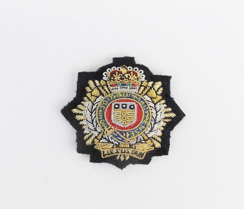 B71 - Officers Beret Badge RLC