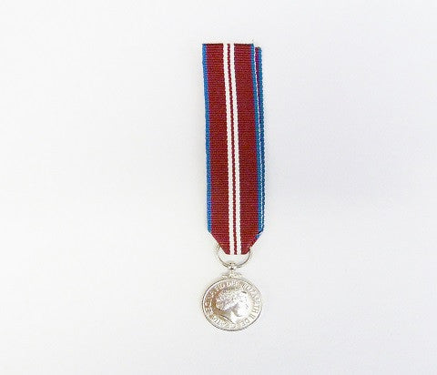 M5- Queens Diamond Jubliee Miniature Medal