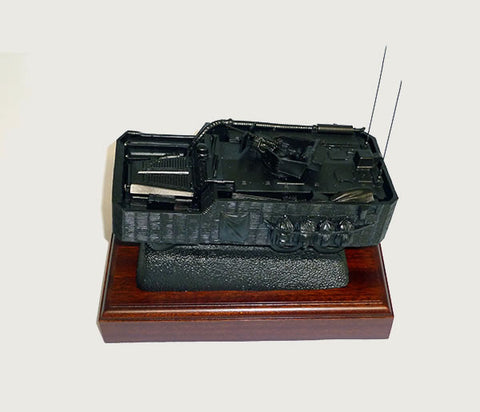 D121A - Army Mastiff Vehicle on Plinth