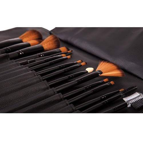 Makeup Brush Set - LaRoc 16 Piece