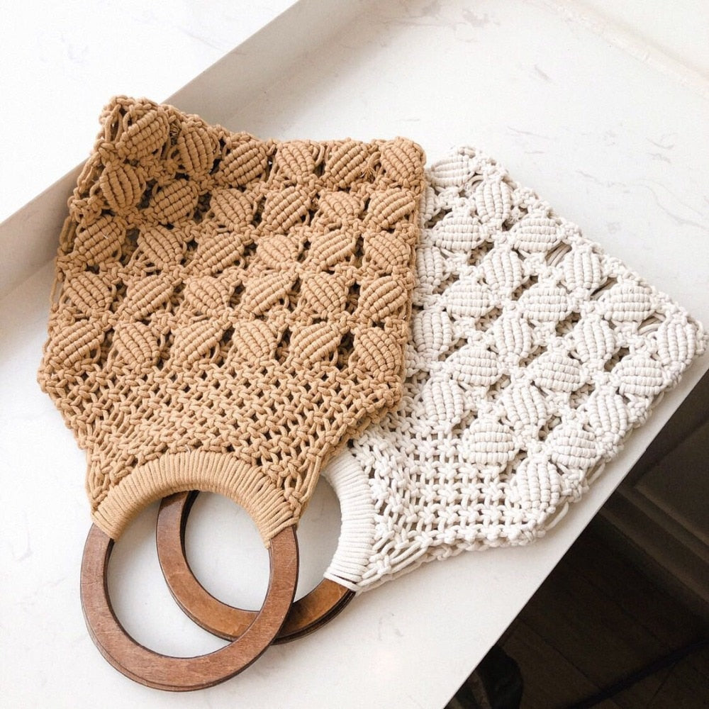 New spring and summer new woven bag hollow beach wooden bag handle ring straw bag - SolBikini