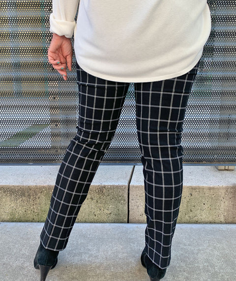 Square root pant black&white