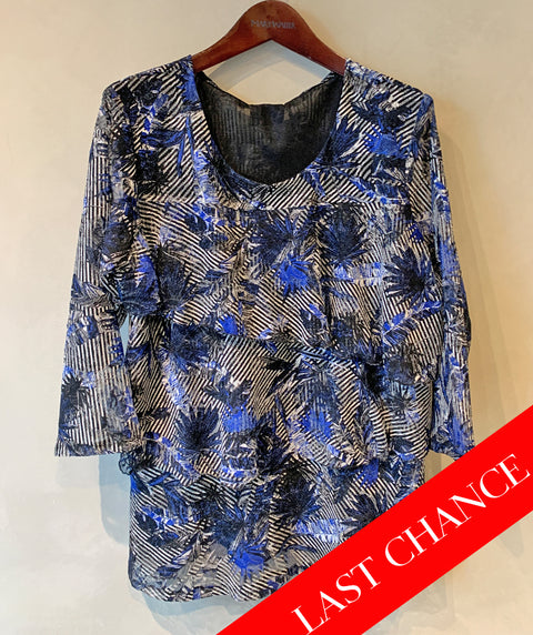 Multi-layer lace top size XL