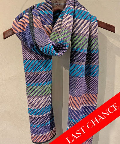Diagonal lines scarf