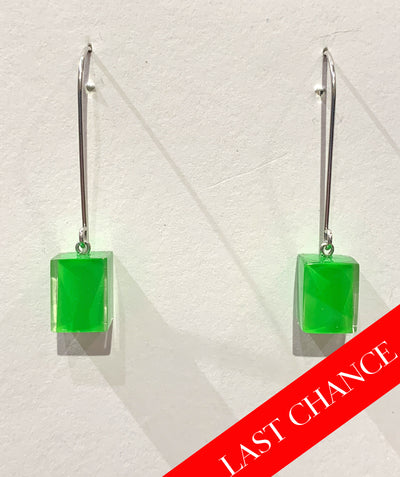 Color block earring green