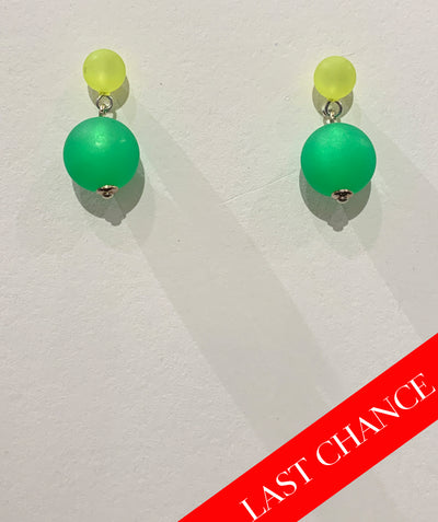 Dual color orb earring green