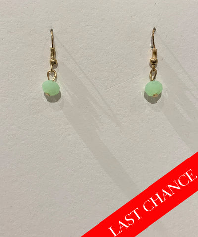 Tiny crystal earring green