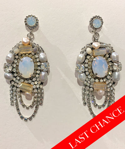 Opulent crystals earring