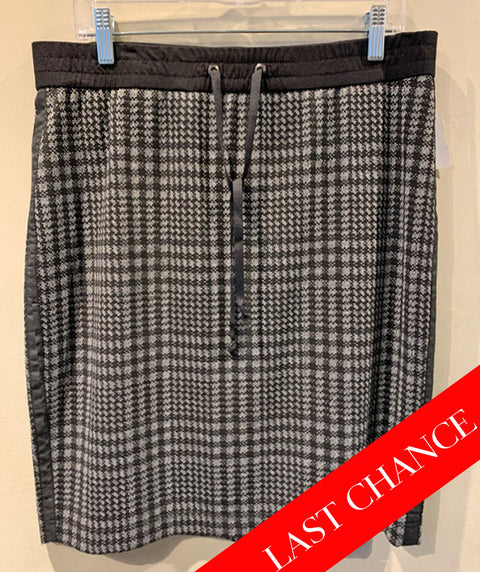 Black and Grey Check Skirt Size 42