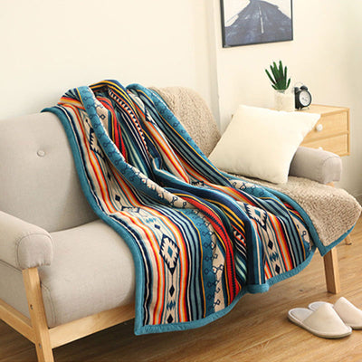 Traditional Pattern Comfy Throw