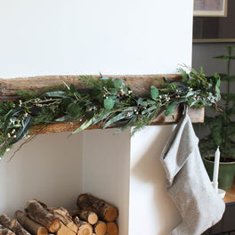Mixed Eucalyptus Berry Garland