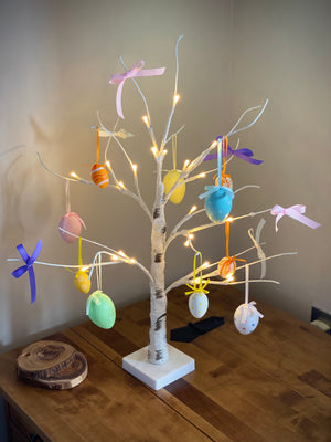 Open image in slideshow, Easter Tree with Eggs or Swarovski Crystal Eggs