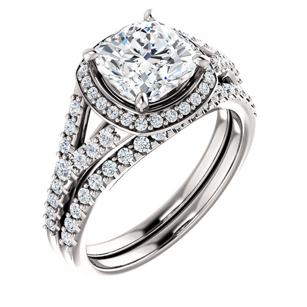 18k Cushion Diamond Engagement Ring