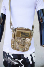 Load image into Gallery viewer, Camo waist bag