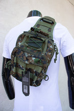 Load image into Gallery viewer, Camouflage camp back pack