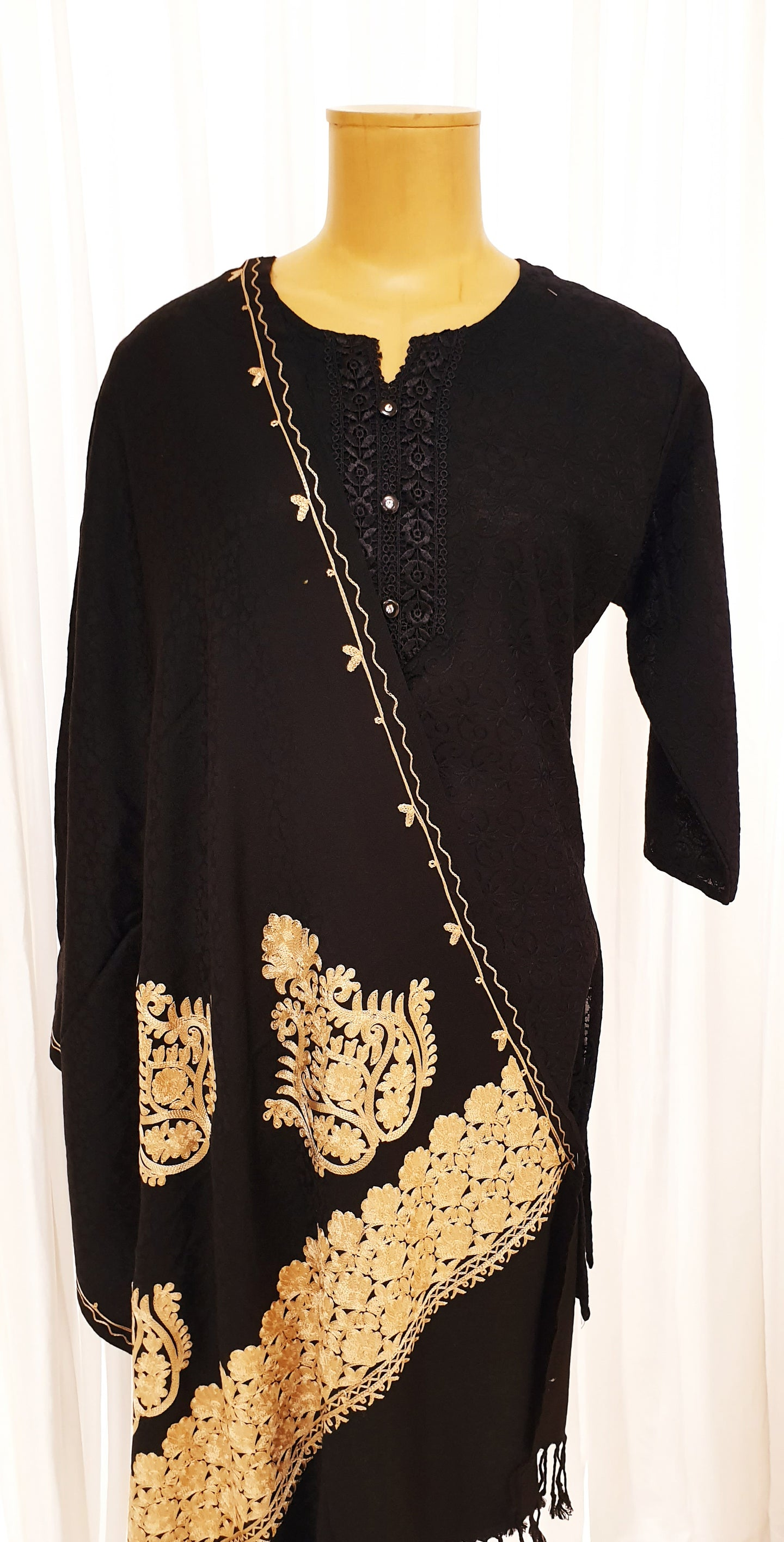 Black Embroidered Motif Winter Shawl