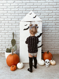Easiest Ever DIY Halloween House
