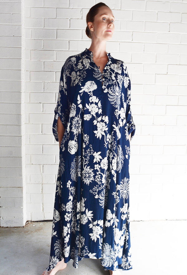 Willow Dress Floral Print Navy