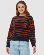 Load image into Gallery viewer, Elwood Ladies Wilderness Knit