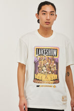 Load image into Gallery viewer, Mitchell & Ness Men's Cartoon Series Lakers - Vintage White
