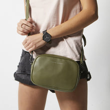 Load image into Gallery viewer, Status Anxiety Plunder Hand Bag - Khaki