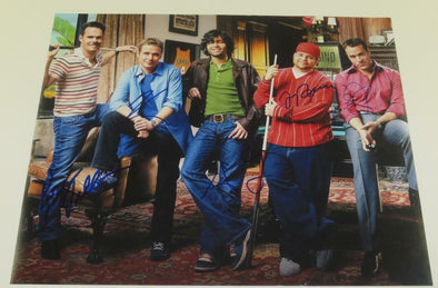 Adrian Grenier, Jeremy Piven, Jerry Ferrara, Kevin Connolly, Kevin Dillon Authentic Autographed 16x20 Photo - Prime Time Signatures - TV & Film