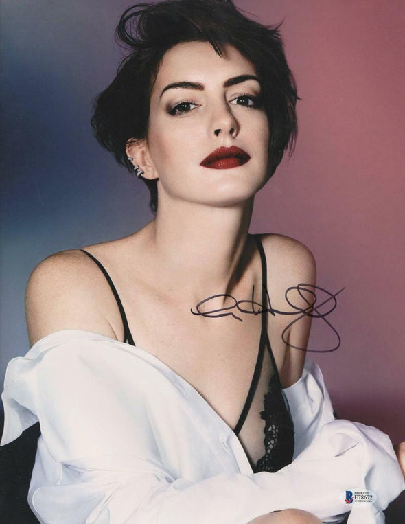 Anne Hathaway Authentic Autographed 11x14 Photo - Prime Time Signatures - TV & Film