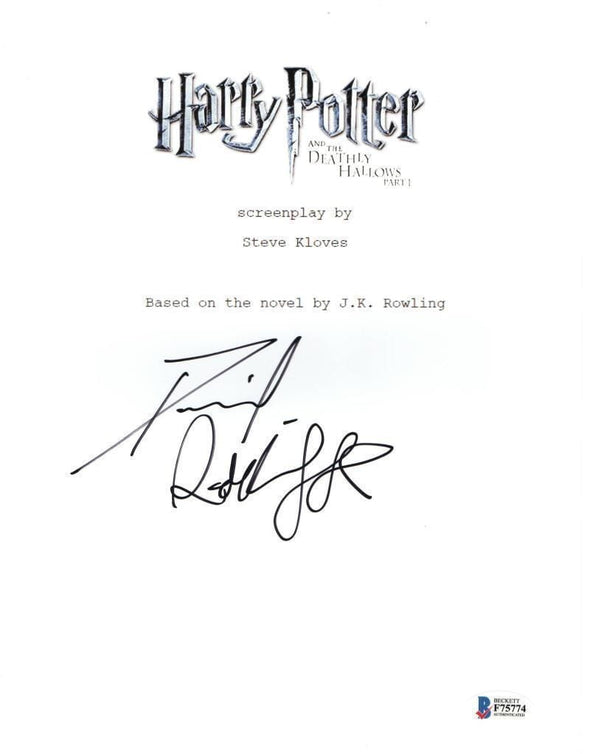 Daniel Radcliffe Authentic Autographed 'Harry Potter and the Deathly Hallows Part 1' Script - Prime Time Signatures - TV & Film